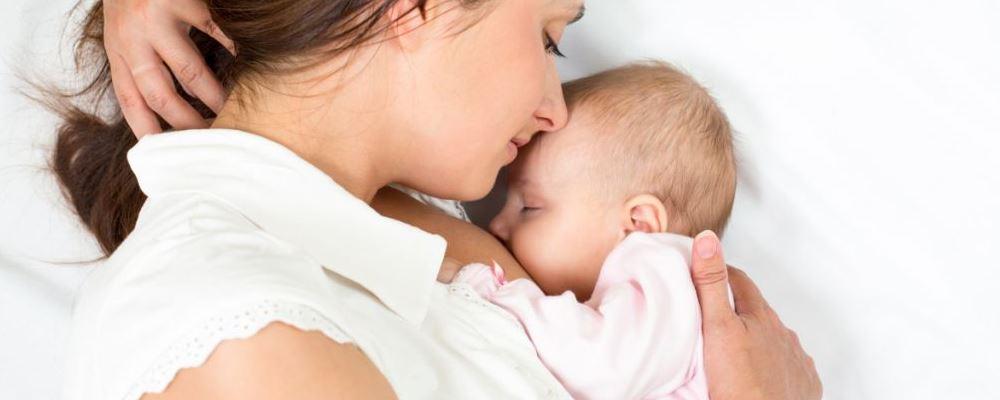 宝宝睡觉出汗多是怎么回事 应对方法有哪些