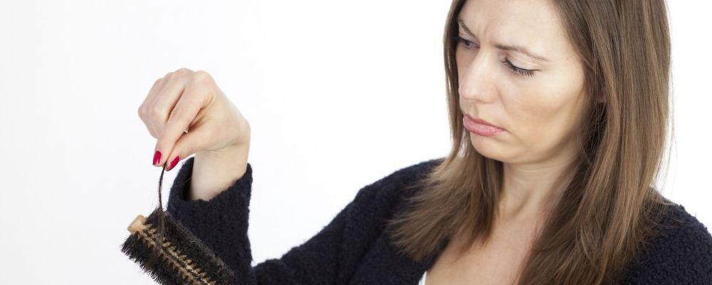 女人衰老有哪些表现 日常如何抗衰老 频繁掉发是衰老的表现吗