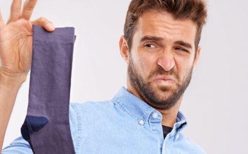火车穿脏袜要罚款 袜子经常不洗有哪些危害 袜子怎么洗干净