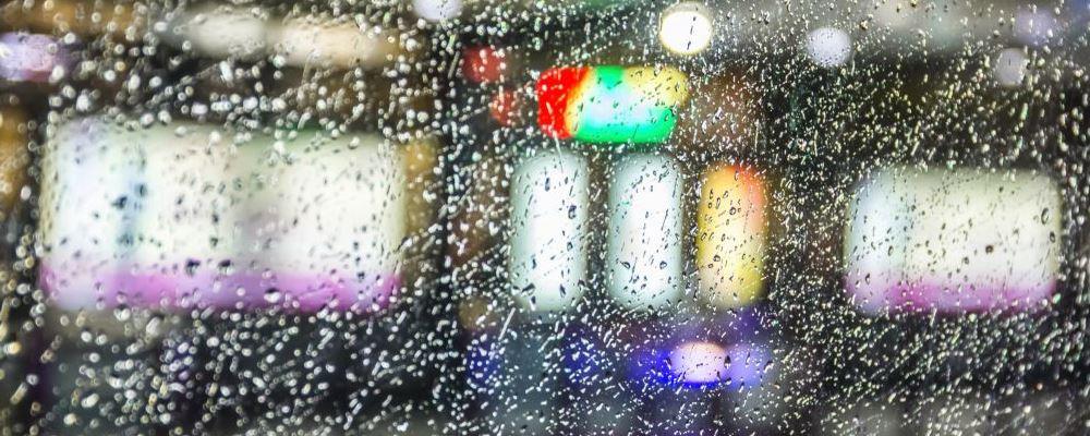 暴雨天气如何保证自身安全 暴雨过后该如何保<a href=http://www.yswang.net/yundong/jianshen/ target=_blank class=infotextkey>健身</a>体 暴雨过后需要注意什么