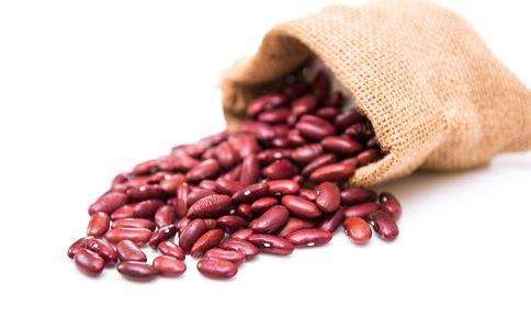 红豆与赤小豆的区别 红豆和赤小豆的功效相同吗 红豆与赤小豆的图片区别