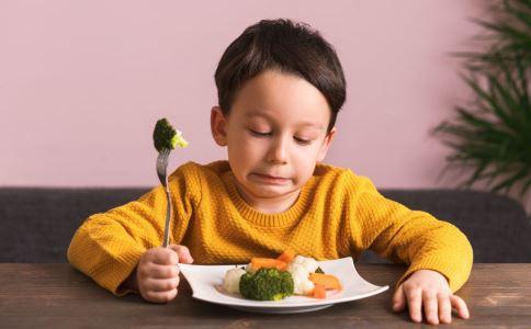 哪些食物容易引发癌症 癌症的原因有哪些 吃什么会导致癌症